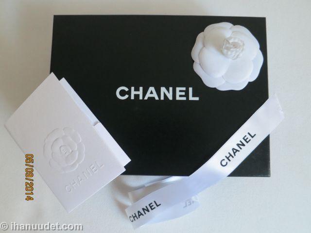 Chanel Camellia WOC_028.JPG