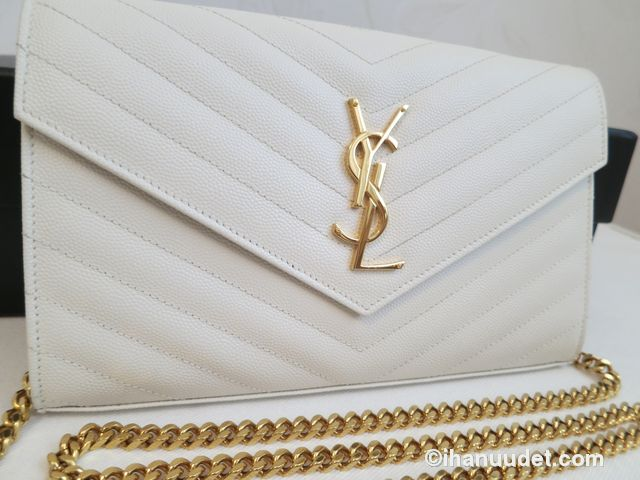 Saint Laurent Monogram Chain Wallet Cream White4.JPG
